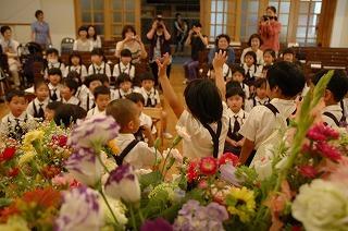 花の日礼拝 誕生会.jpg
