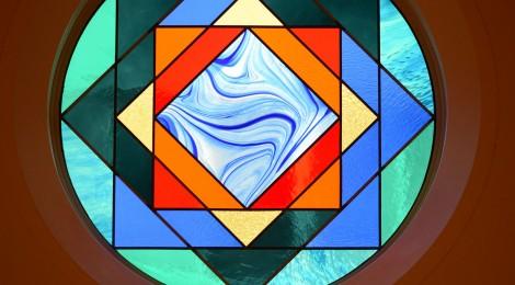 礼拝堂ステンドグラス